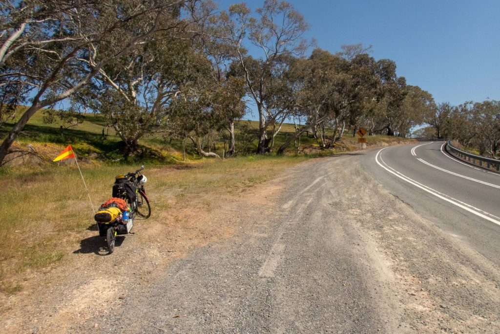 Climbing into the Adelaide Hills from Kanmantoo